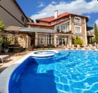 Отдых с бассейном в  Береговом
